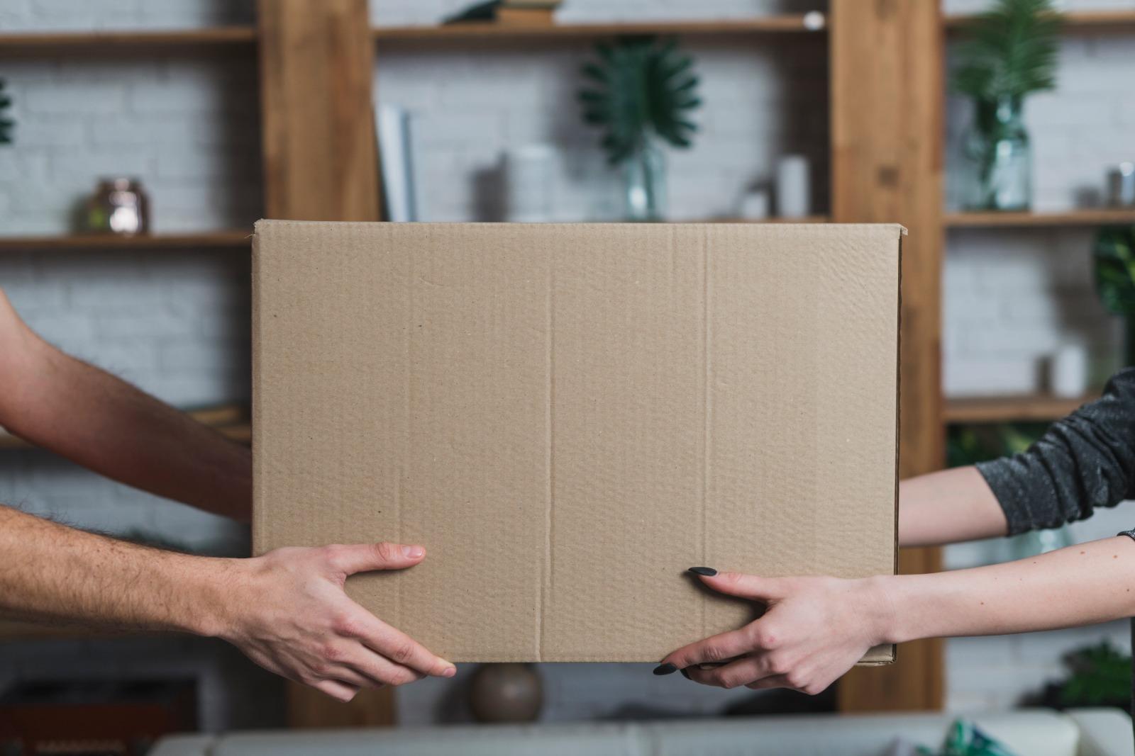 cajas de cartón en mudanzas